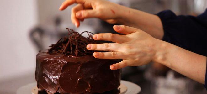 Украшаем торт шоколадными декоративными изделиями