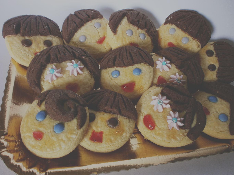 Печенье «Рожицы» из песочного теста с какао
