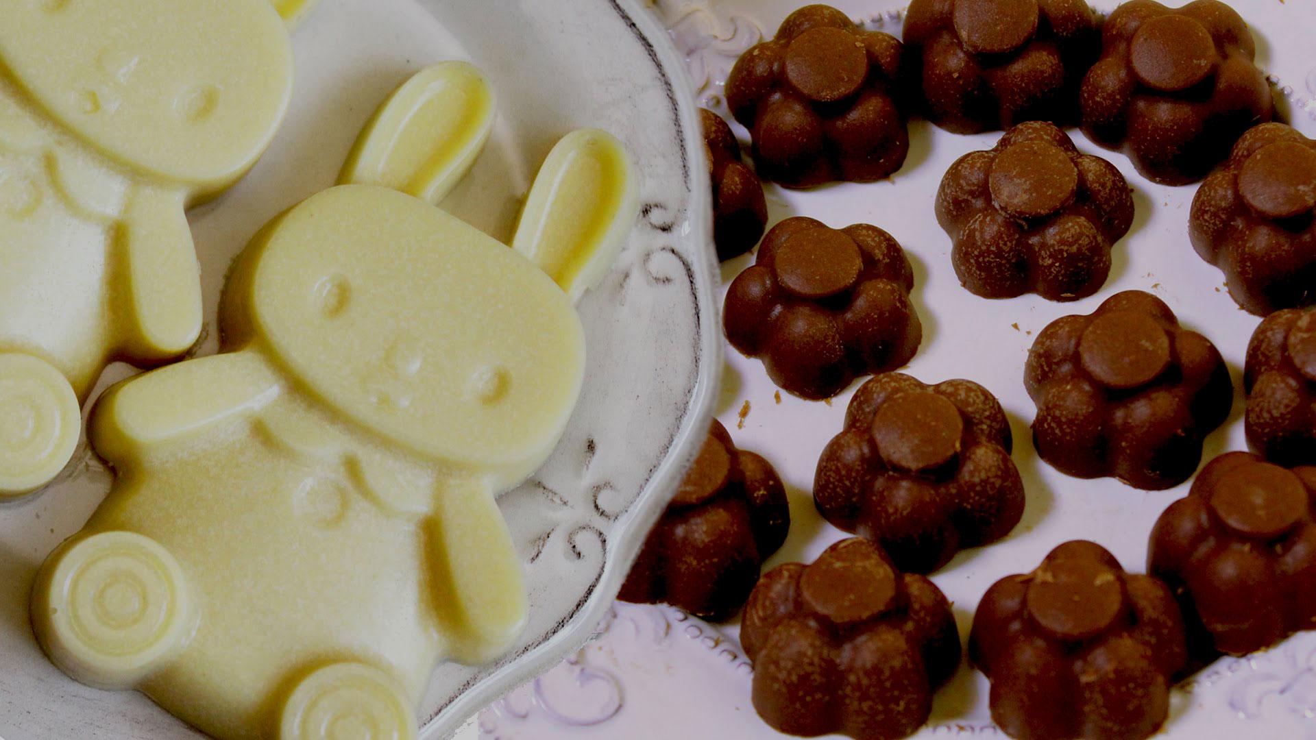 Домашний молочный шоколад в форме цветка