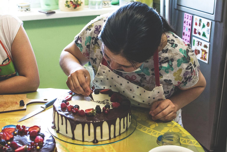 Делать надпись на торте