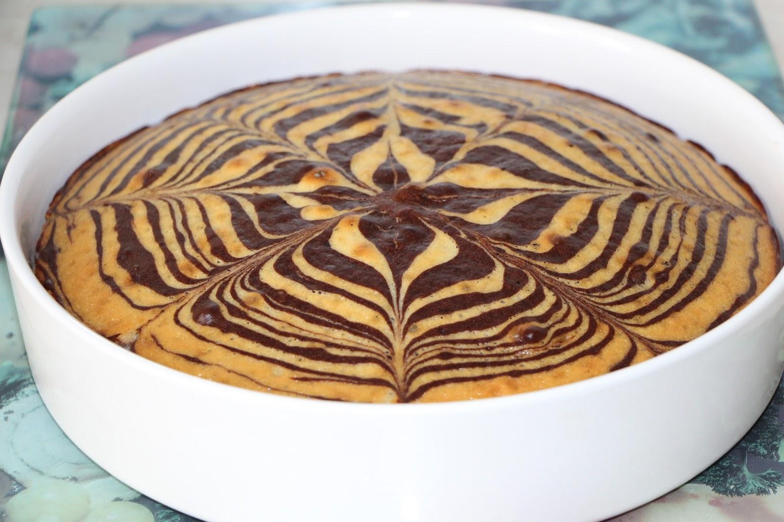 Домашний пирог «Зебра» на кислом молоке