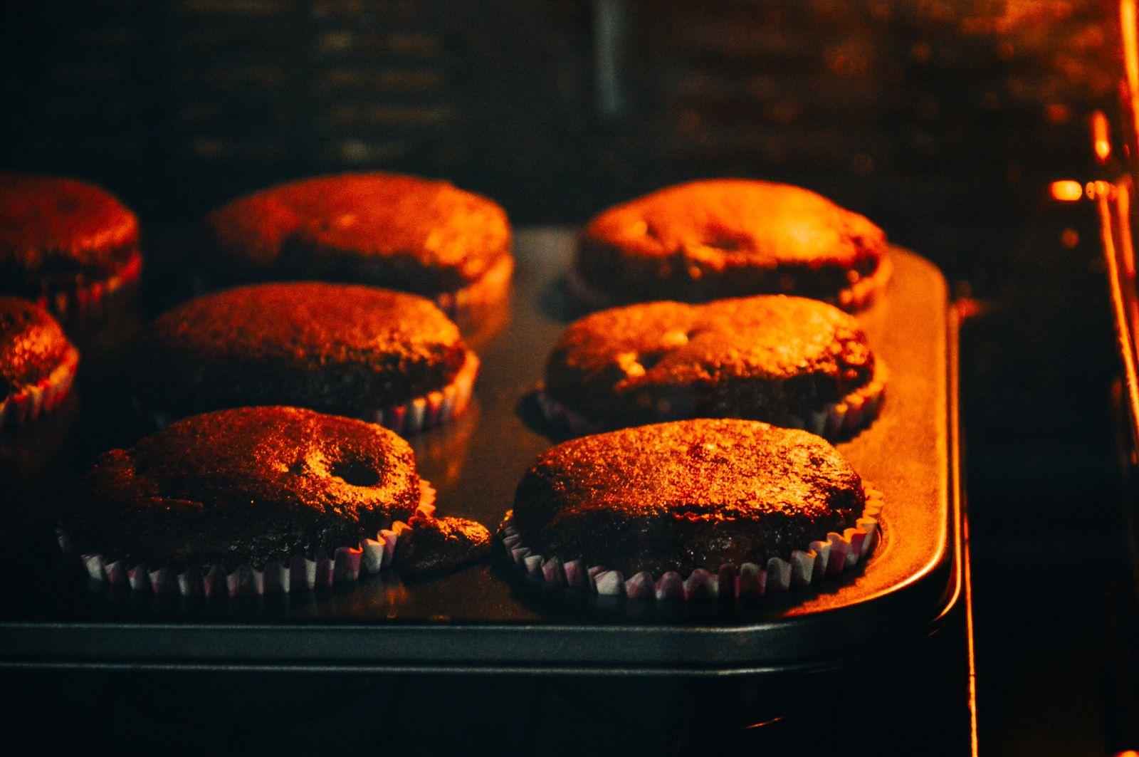 Печь в духовке шоколадные кексы