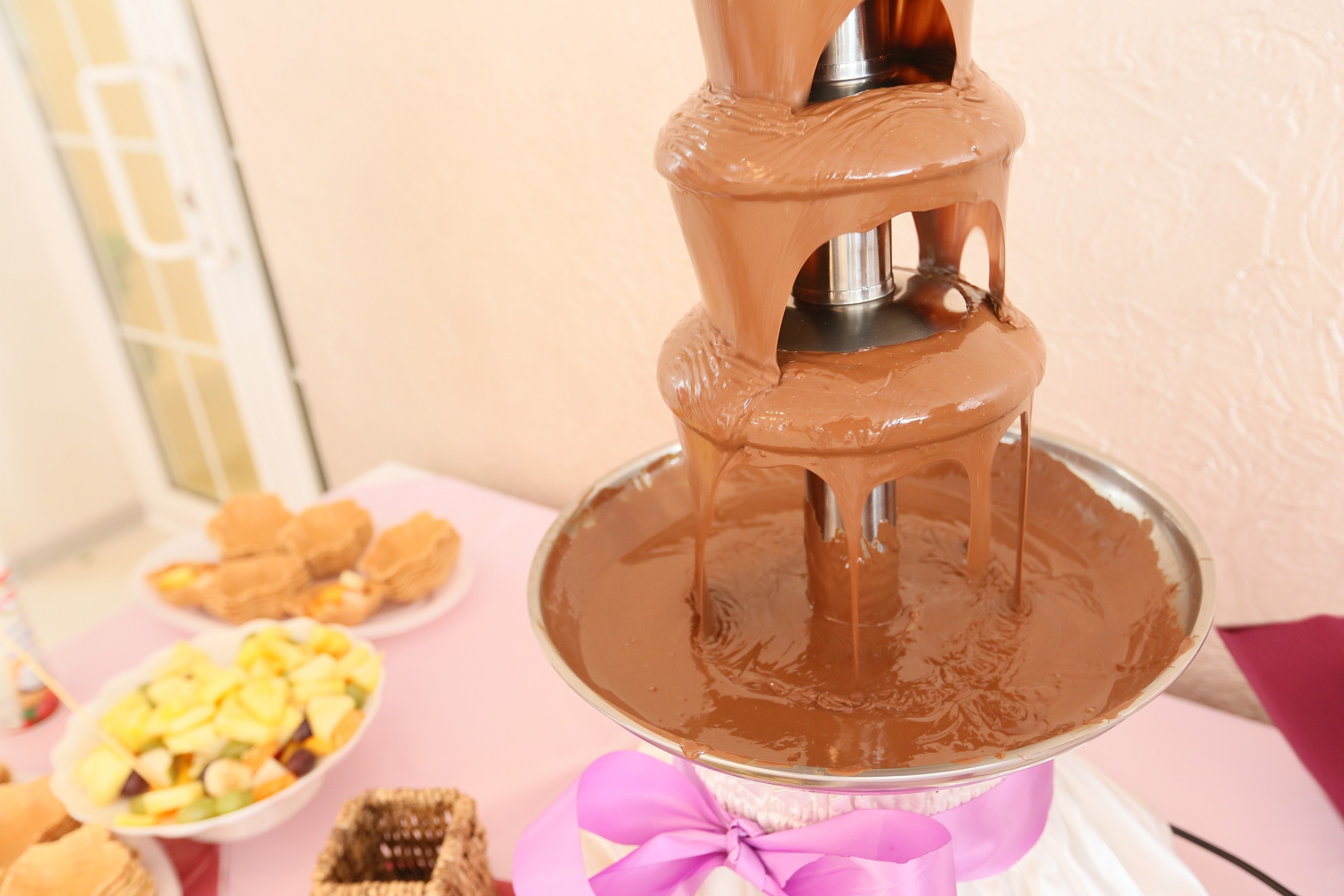 Работа шоколадного фонтана