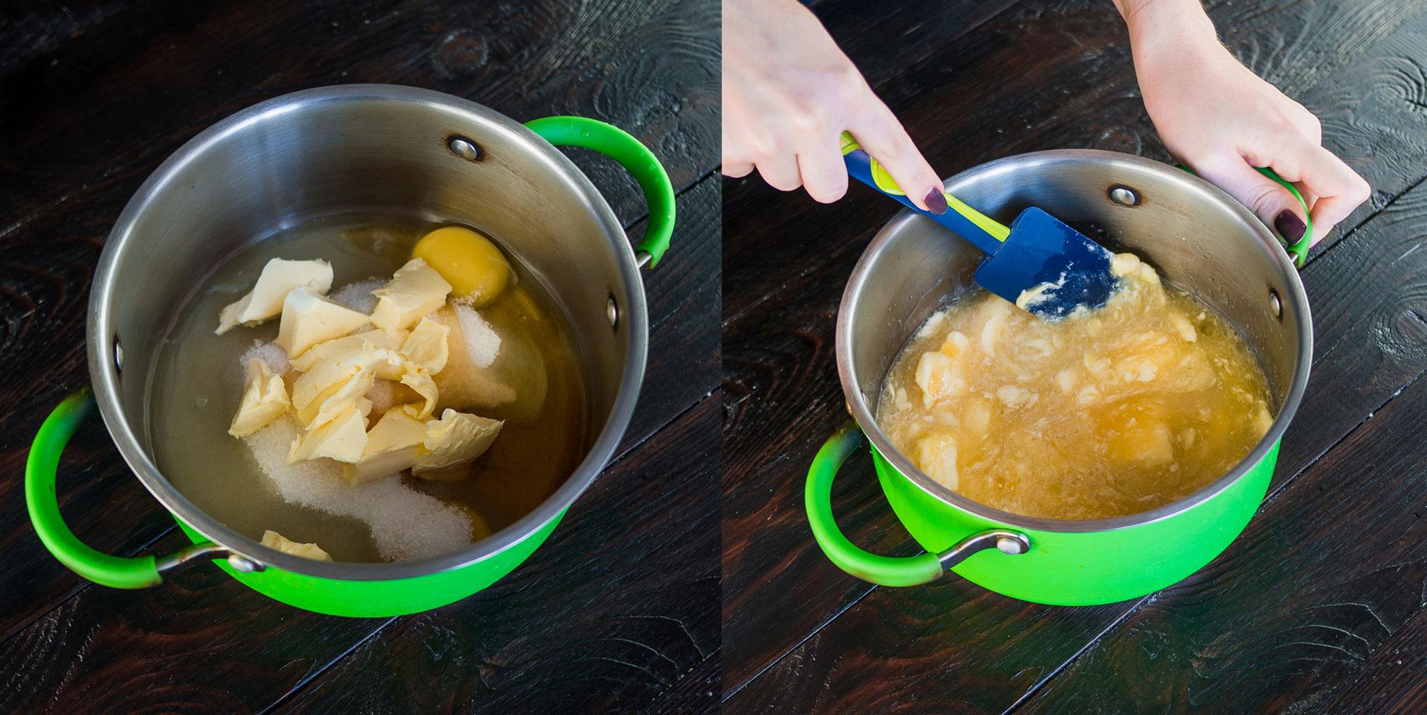 Смешать ингредиенты для медовика