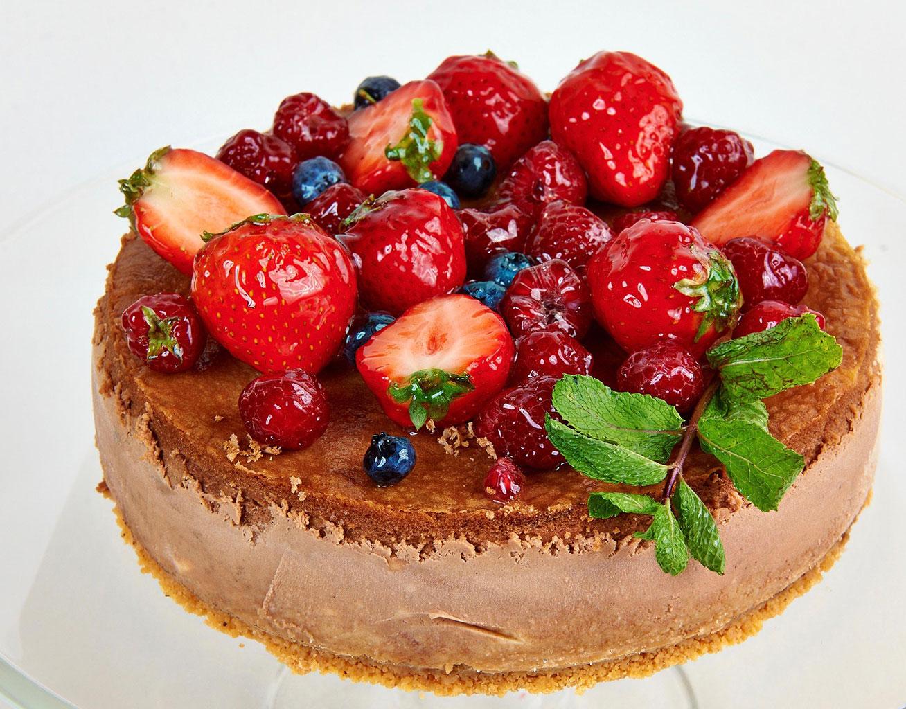 Фруктовый шоколадный чизкейк