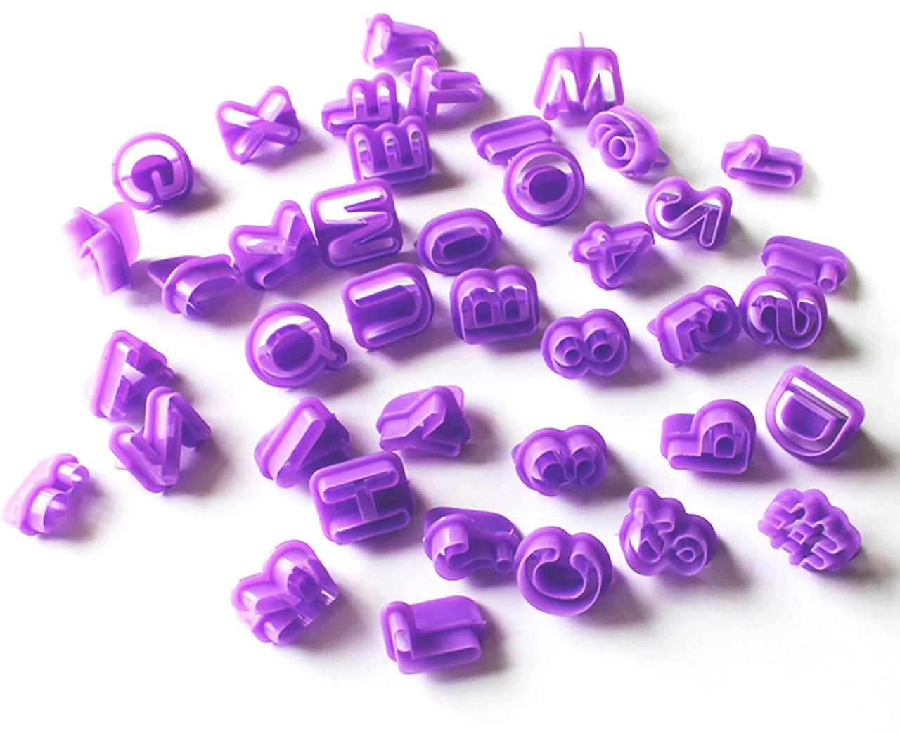 Пластиковые формы буквы
