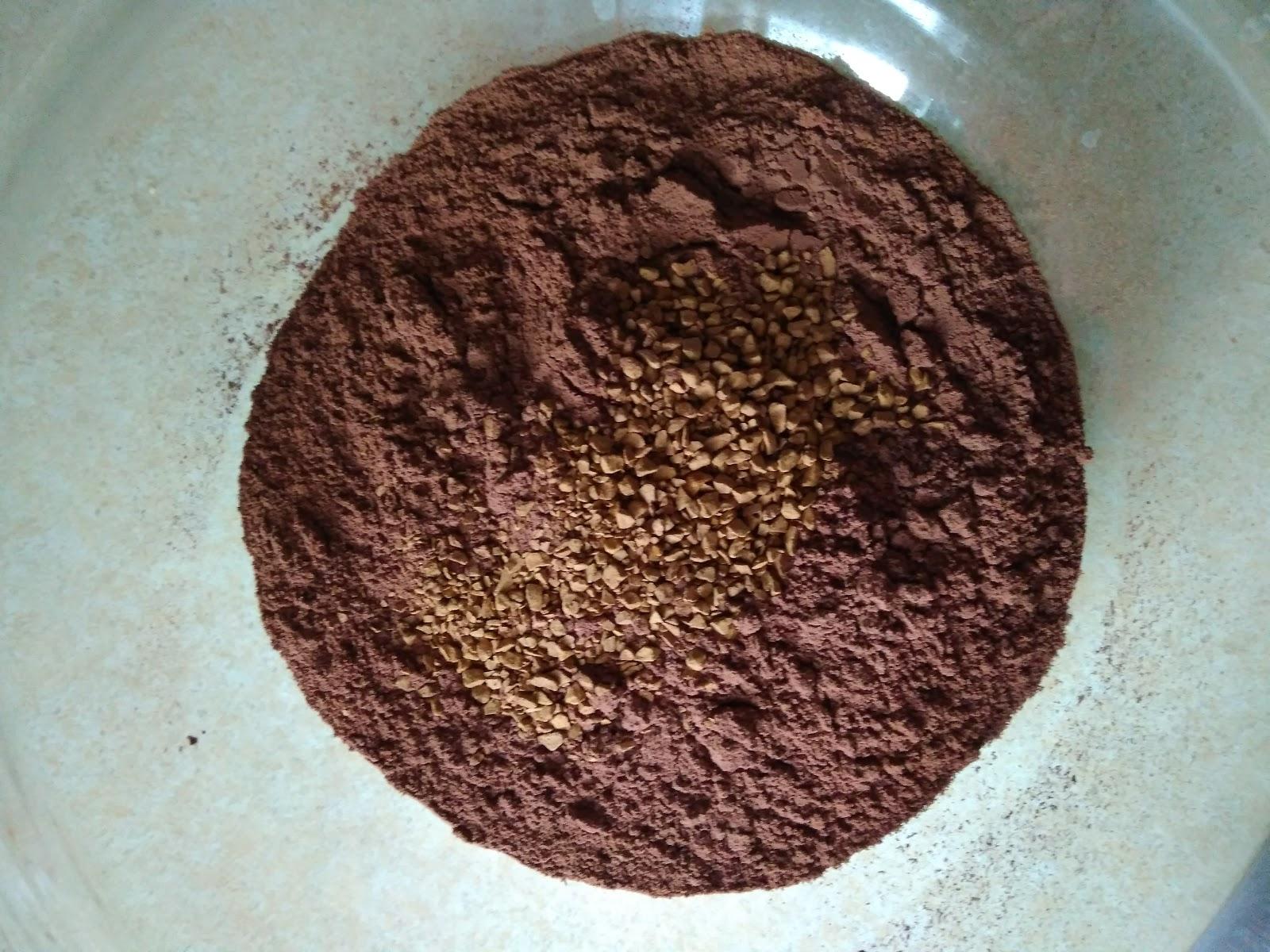 Шифоновый бисквит с шоколадом и кофе