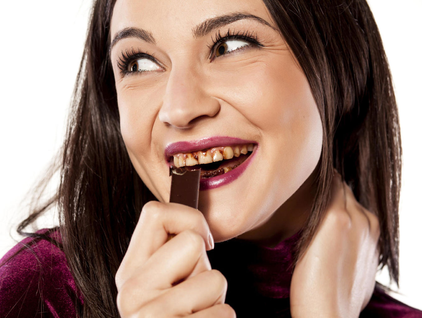 Вред шоколада для зубов матери