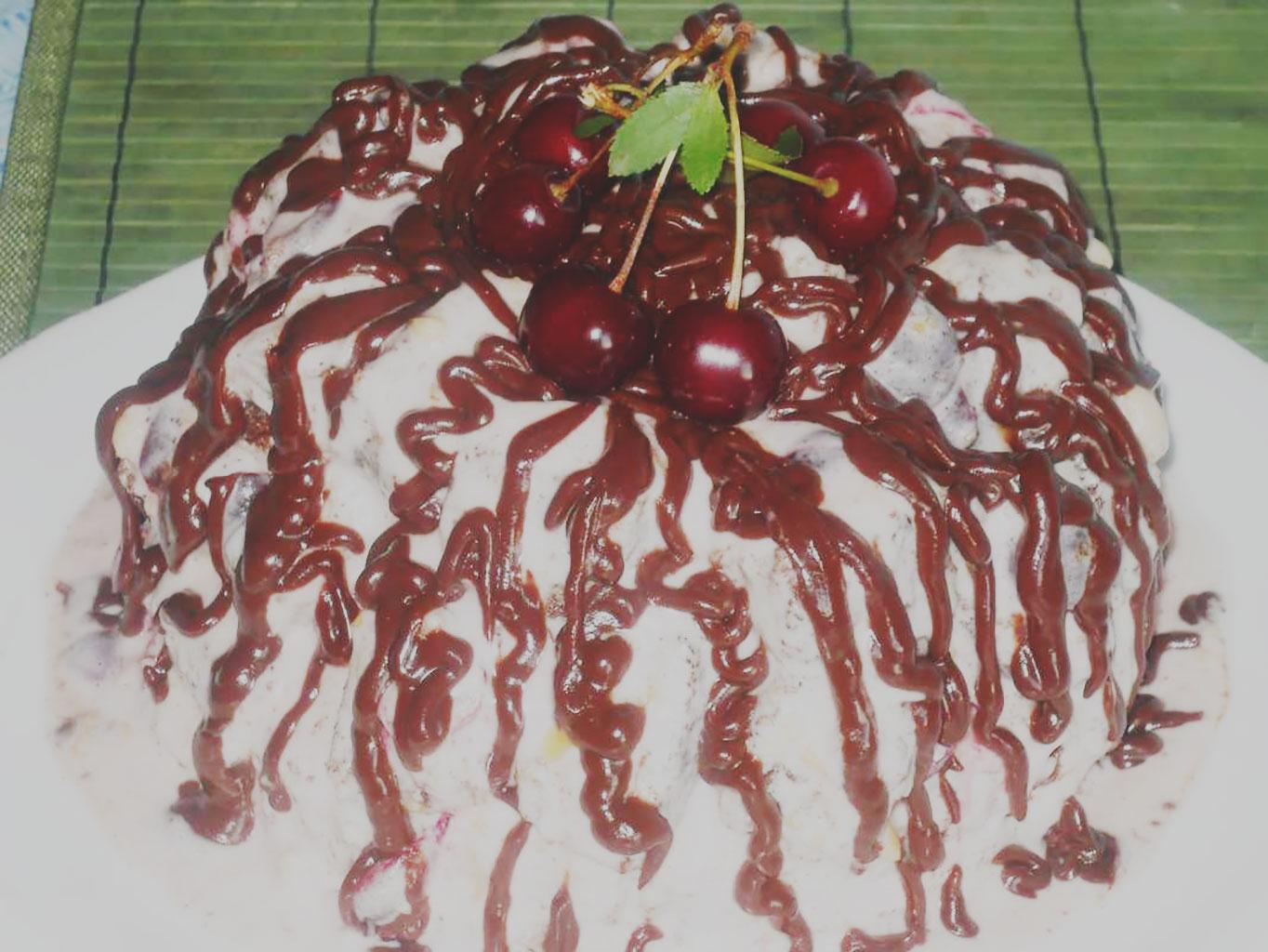 Торт «Кучерявый пинчер» с вишней