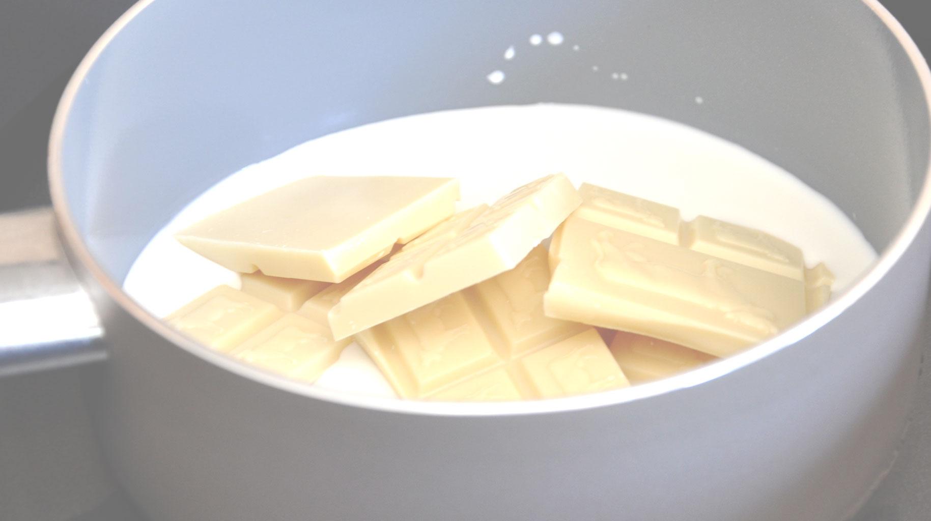 Сливки и белый шоколад