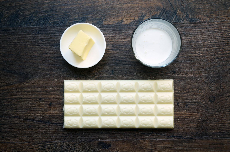 Ингредиенты для ганаша с белым шоколадом