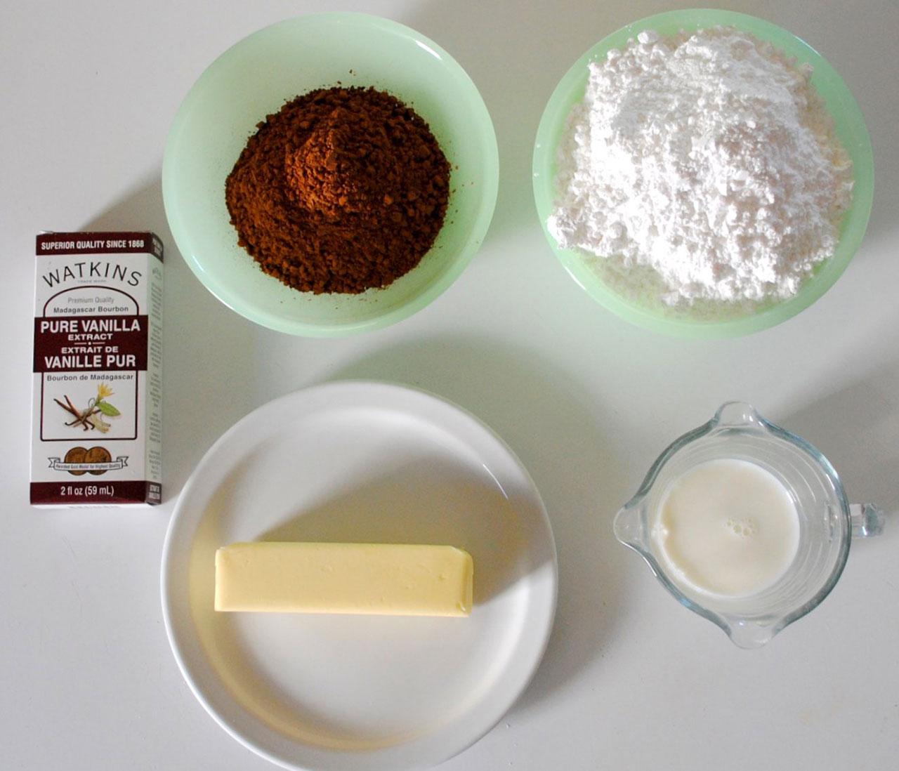 Ингредиенты для глазури с какао