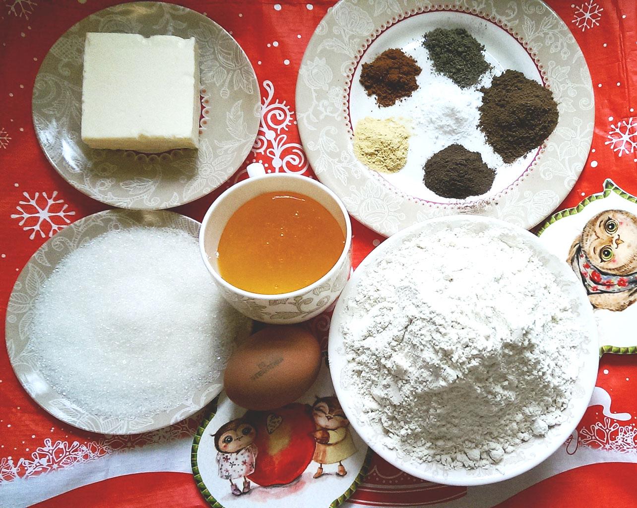 Ингредиенты для имбирных пряников
