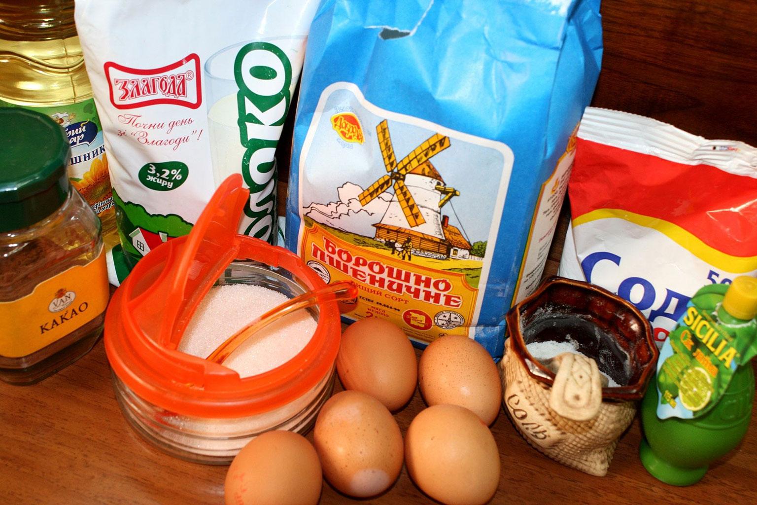 Ингредиенты для шоколадных блинчиков