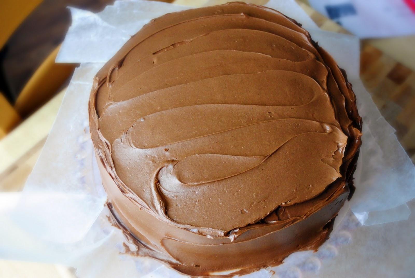 Шоколадный торт с кремом из творога и сгущенки