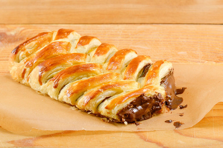 Слоеный пирог с шоколадом