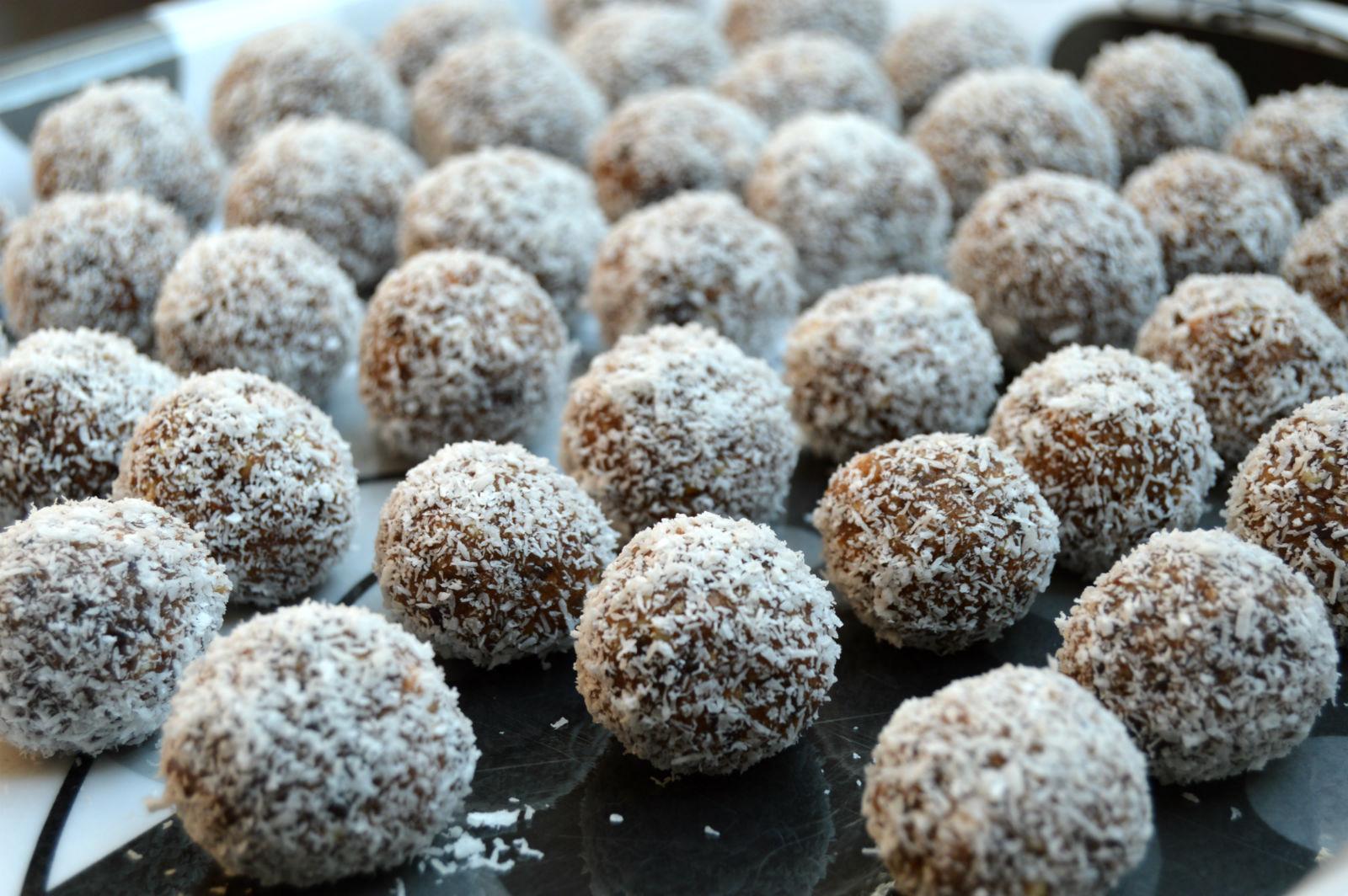 Творожные шарики с кокосовой стружкой