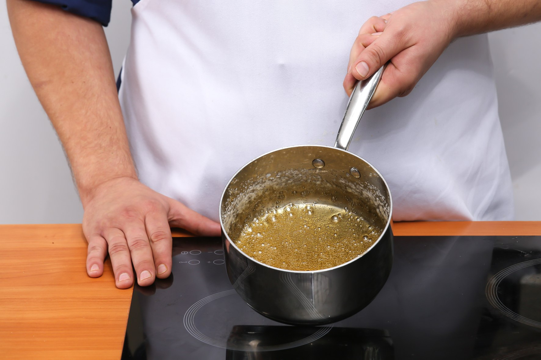 Приготовление карамельной глазури