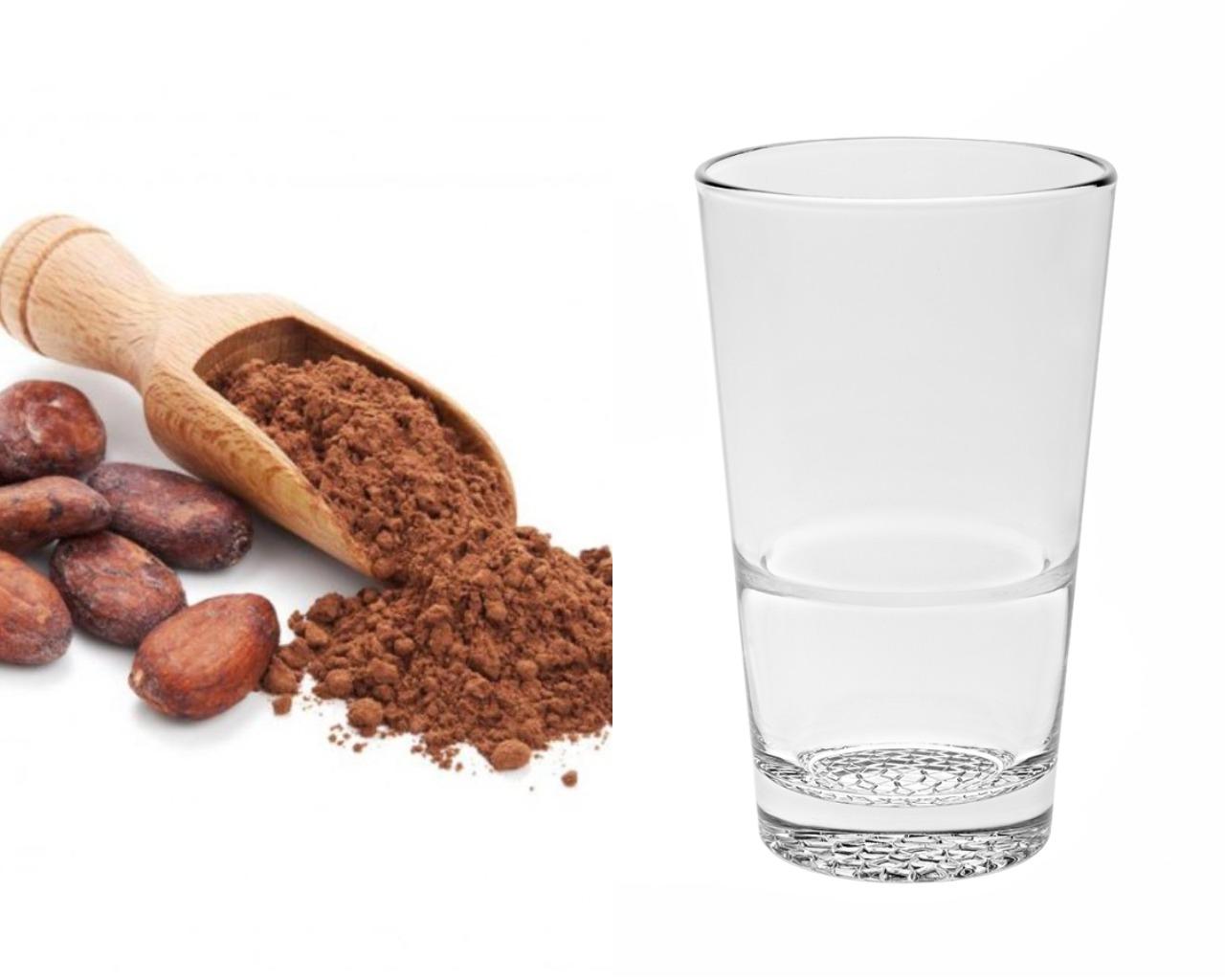 Какао-порошок и вода