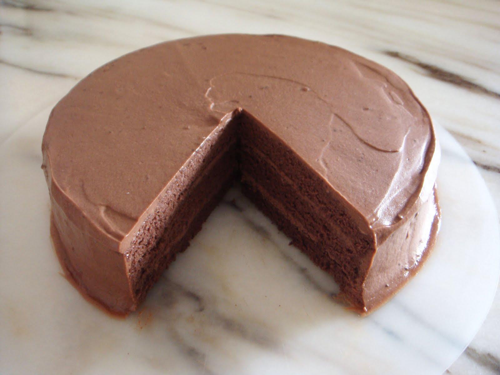 Шоколадный бисквит с творожно-шоколадным кремом