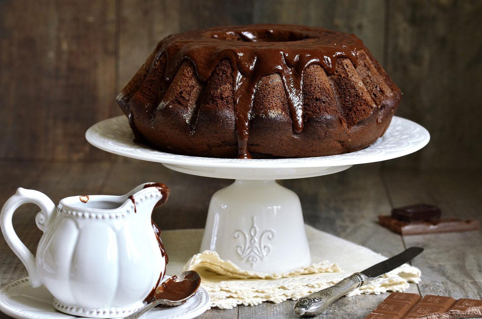 Шоколадный кекс на сметане с коньяком и шоколадом