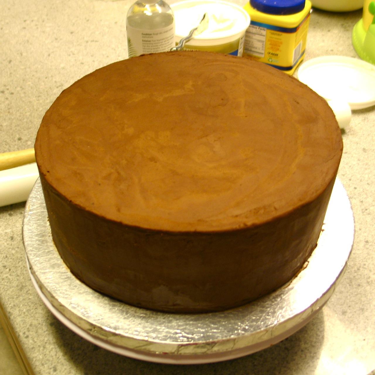 Торт с обтяжкой мастикой