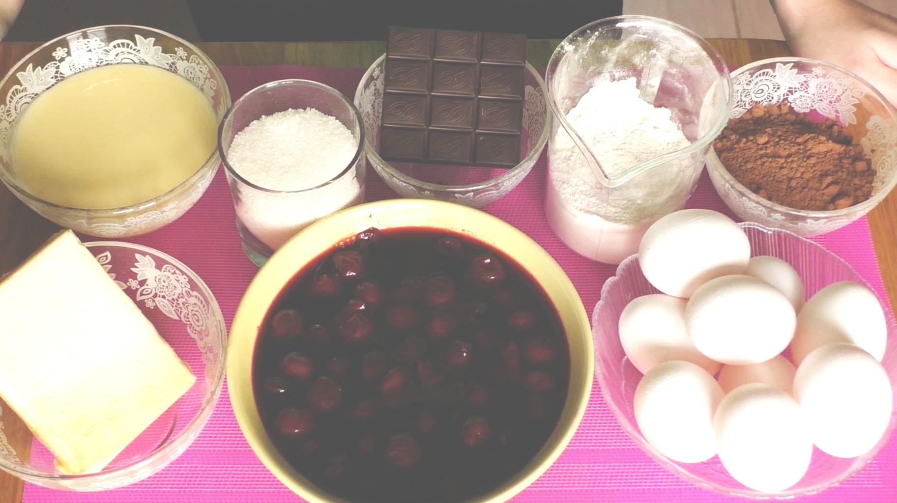 Ингредиенты для торта «Пьяная вишня» в шоколаде