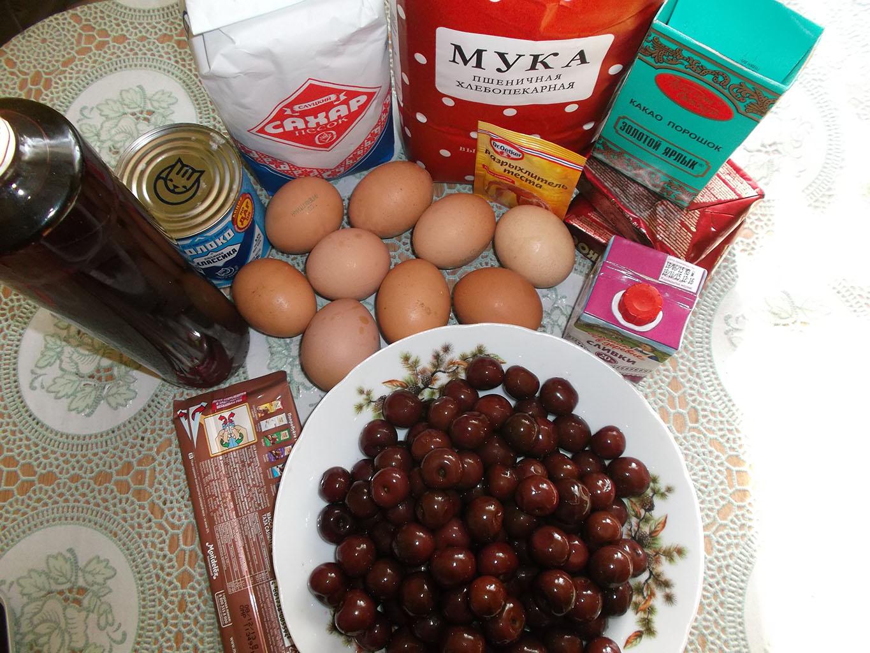 Ингредиенты для торта «Пьяная вишня»